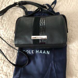 New Listing 🌟 Cole Haan women crossbody bag